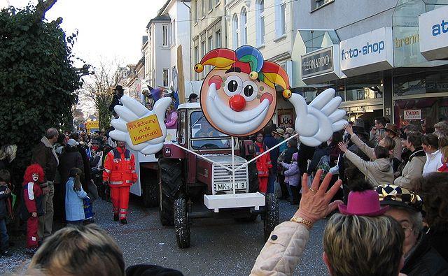 Umzugswagen zu Karneval